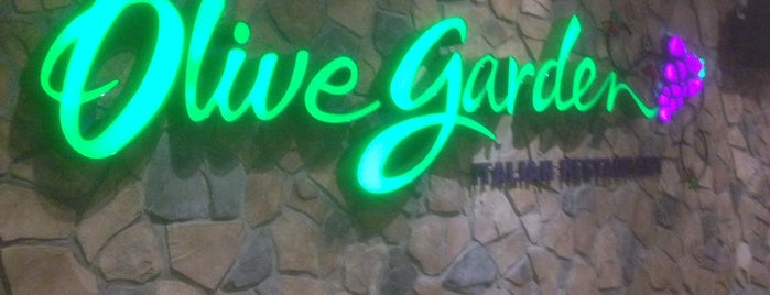 Olive Garden is one of Lugares Que Conocer.