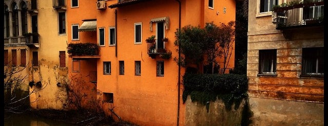 Osteria Ponte San Paolo is one of ZeroGuide • Veneto.