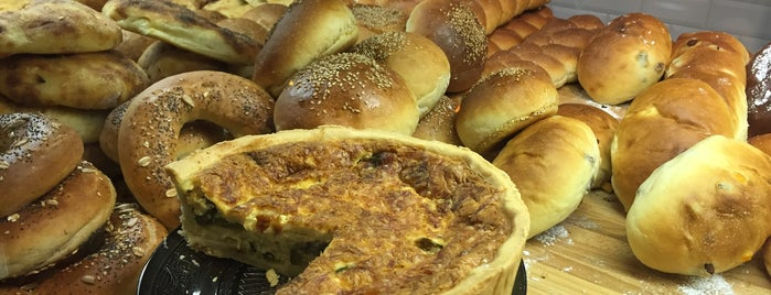 Prelibato, panificio con cucina is one of dolcezze.