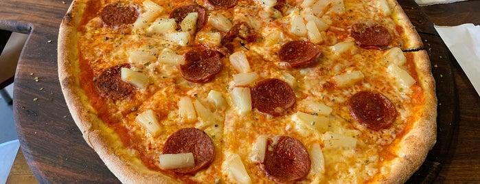 Pizzeria Cavallino is one of Tempat yang Disukai Jukka.
