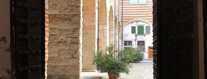 Piazza Mercato Vecchio is one of Theatre in Verona.