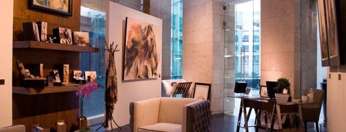 Carla Elena Art Collection is one of Recomendaciones de Lluvia de Ideas.