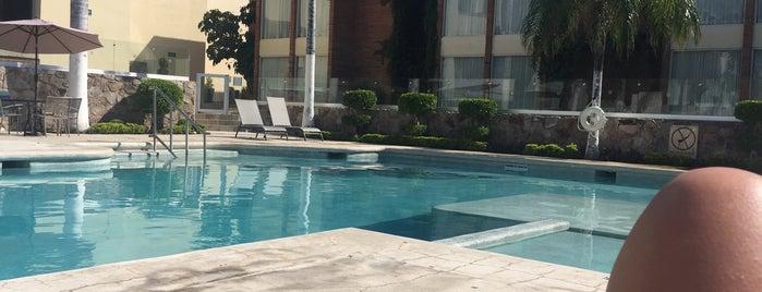 Holiday Inn Hermosillo is one of สถานที่ที่ Sandra ถูกใจ.