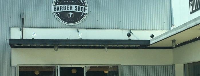 Trophy Room Barber Shop is one of Louis 님이 좋아한 장소.