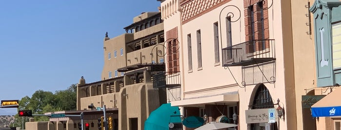 Downtown Santa Fe is one of Tempat yang Disukai Jose.