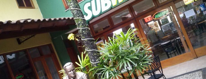 Subway is one of Orte, die Jackeline gefallen.