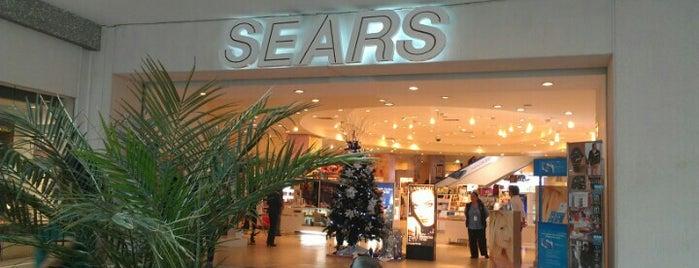 Sears is one of Locais curtidos por Israel.