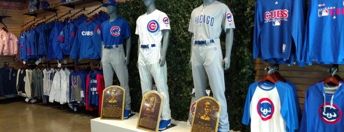 Chicago Cubs Flagship Store is one of Sergio M. 🇲🇽🇧🇷🇱🇷'ın Beğendiği Mekanlar.