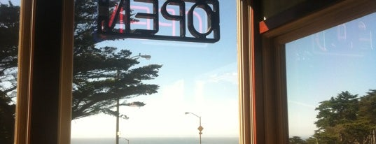 Seal Rock Inn is one of SFO life.
