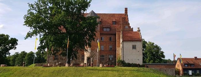 Schloss Ulrichshusen is one of Lugares favoritos de Merve.