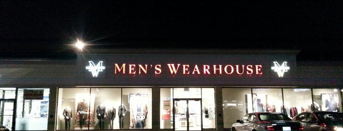 Men's Wearhouse is one of Tempat yang Disukai Cindy.