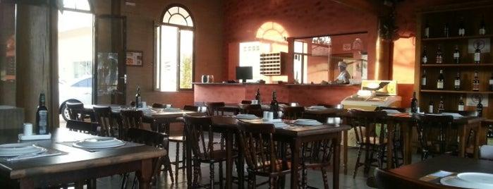 Empório da Pizza is one of สถานที่ที่ Nathalia ถูกใจ.
