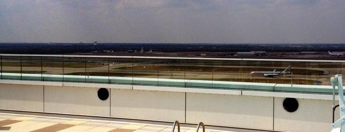 Grand Hyatt DFW Airport is one of Michaelさんの保存済みスポット.