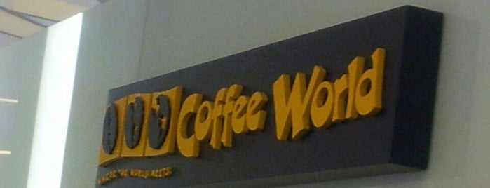 Coffee World is one of Lugares favoritos de Pravit.