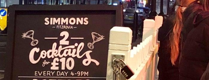 Simmons Bar is one of Locais curtidos por Lee.