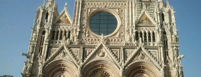 Duomo is one of Italy.