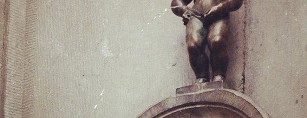 Manneken Pis is one of Bruxelas.