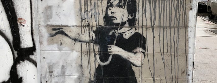 Banksy's Rain Girl is one of Tempat yang Disimpan Bitsy.