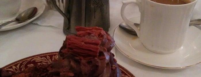 Westminster Tea Rooms is one of Tempat yang Disukai Louise.
