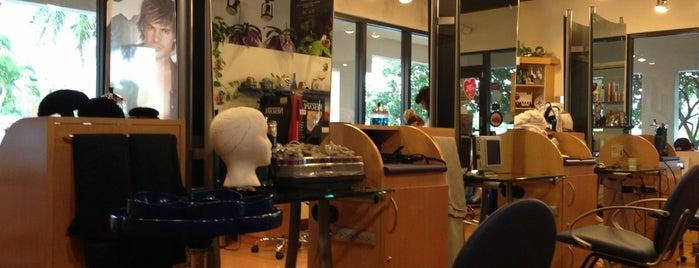 Hair Salon & Spa by Yolanda is one of Lugares favoritos de Maria.