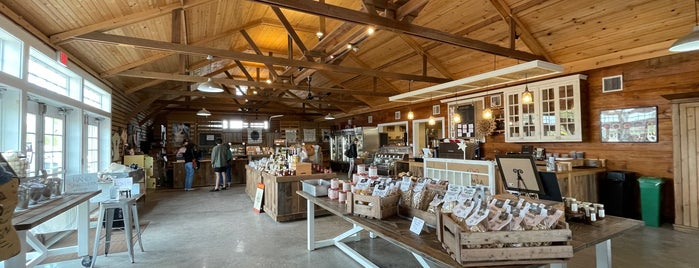 8 Hands Farm is one of long island.
