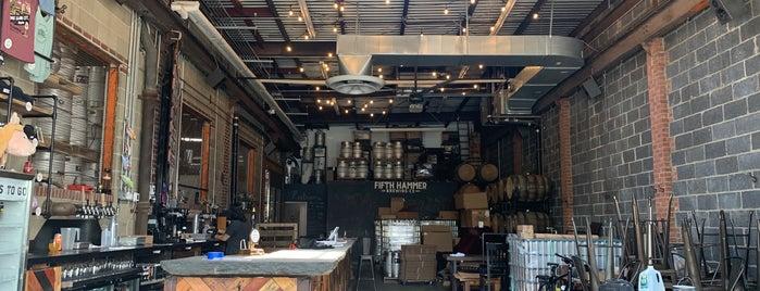 Fifth Hammer Brewing Company is one of สถานที่ที่บันทึกไว้ของ Ethan.