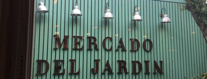 Mercado del Jardín is one of Locais curtidos por Aline.