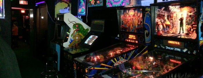 Rossi's Vintage Arcade is one of Pinball Destinations.