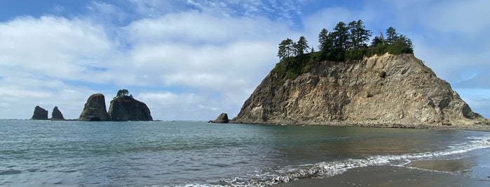 Rialto Beach is one of Seattle To-Do.