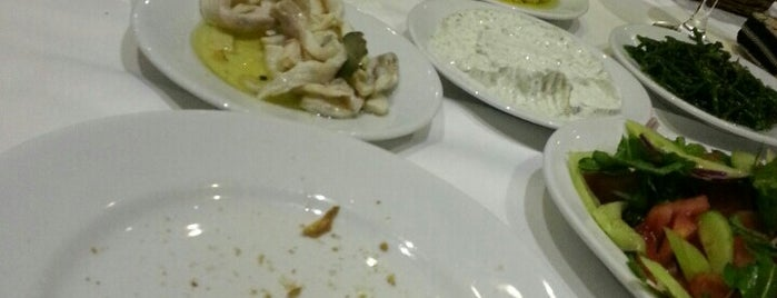 Köşem Restaurant is one of Locais curtidos por Kutay.