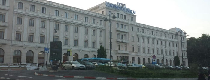 Hotel Continental Forum is one of Posti che sono piaciuti a Matei.