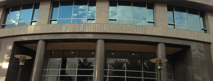 Los Angeles Superior Court - Chatsworth Courthouse is one of Dan 님이 좋아한 장소.