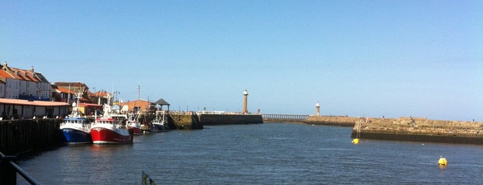 Whitby Coast is one of Locais curtidos por Carl.