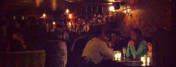 Bathtub Gin is one of Speakeasy - Hidden spots.