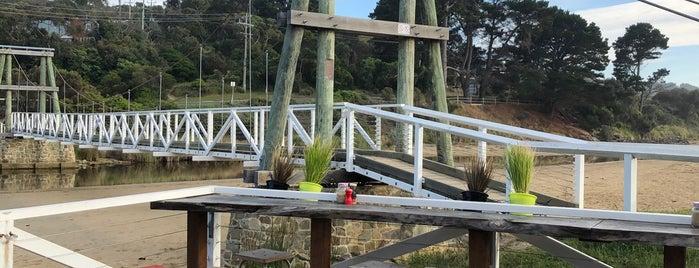 Swing Bridge Cafe is one of Australien.