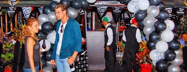 Allegretto Café Bar is one of Bar hoppin!!.