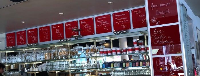 Cafe Engels is one of Posti che sono piaciuti a Björn.