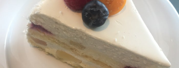 Swiss Cake is one of Bilgeさんのお気に入りスポット.
