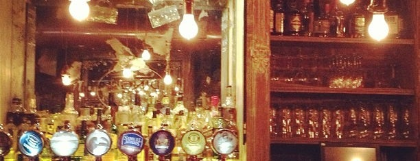 Fraunces Tavern is one of Oldest Bars in New York City.