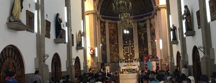 Parroquia San Miguel Arcángel is one of Lugares favoritos de Klelia.