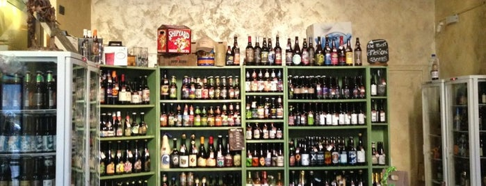 La Bottega della Birra is one of Bologna and closer best places.