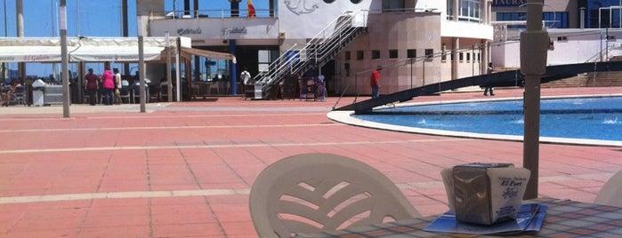 Freiduria El Port is one of A comer y a beber.