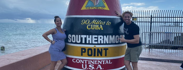Southernmost Point Buoy is one of สถานที่ที่ Erik ถูกใจ.