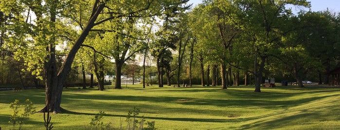 Sucker Lake Park is one of Jenny: сохраненные места.