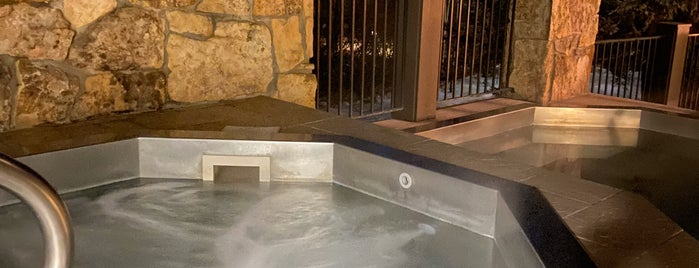 Vail Athletic Club & Spa is one of Snow bunnies in Vail.