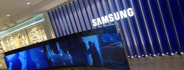 Samsung Store Bilbao is one of Lugares favoritos de Mikel.