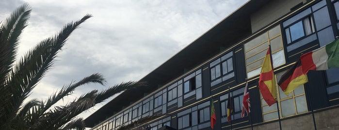 Hotel Juan De La Cosa is one of Tempat yang Disimpan Balboas.