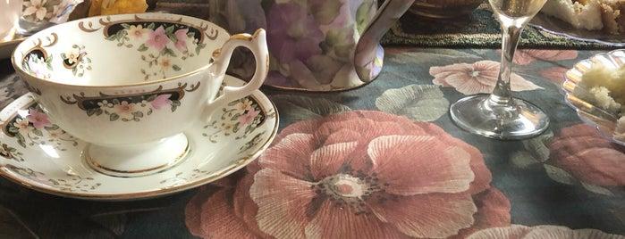 English Rose Tea Room is one of Posti che sono piaciuti a Dawn.