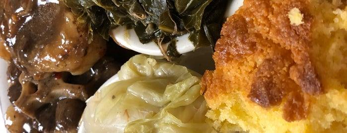 Royalty Caribbean And Soul Food is one of Orte, die Dawn gefallen.