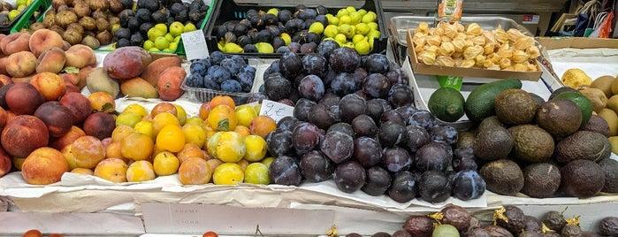 Mercado Temporário do Bolhão is one of Porto.